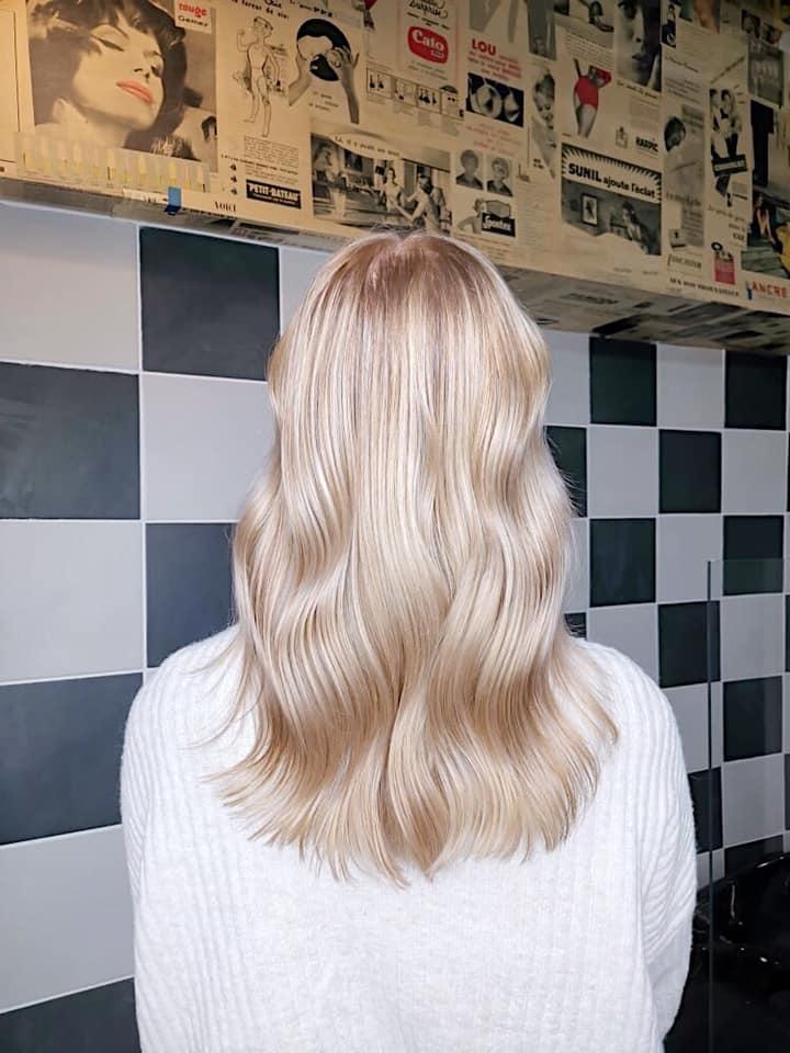 Alice blond